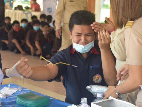 โครงการตรวจสุขภาพนักเรียน นักศึกษา ประจำปีการศึกษา 2563 ณ หอประช